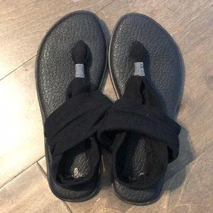 Sanuk sandal